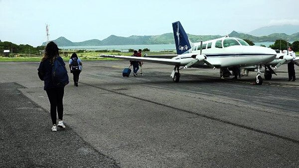 Cape Air Plane At Nevis Airport